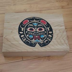 Totem Pacific Northwest Alaska Wooden box